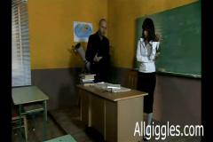 Teacher gets her pussy fondled in class