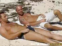 Teen beach threesome sex and facial