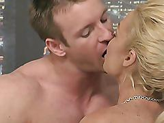 Rhylee richards - divorced woman seeks younger cock