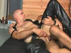 Best of bareback leather with hot hunks.