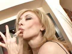 Sexy milf nina hrtley enjoy cumswallow