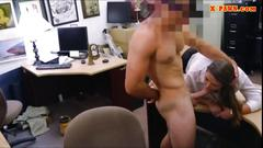 Amateur chick pounded by the pawnshop keeper