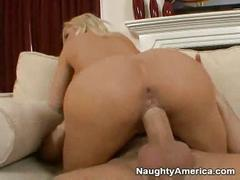 Hot mom wants to fuck young boy