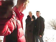Moden kvinde og 2 unge fyre - 5 (danish title)
