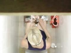 Girl masturbates on the toilet