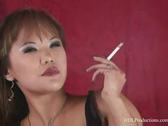 Mia smiles - smoking fetish at dragginladies