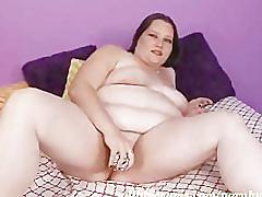 Bbw mom milf wants it big and deep. chubby