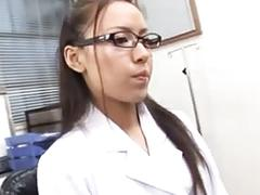 Sexy doctor making a blowjob-sexy doctora haciendo una mamda