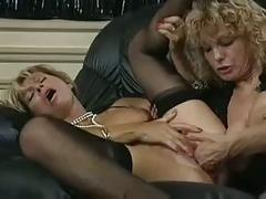 Babette blue fisting threesome