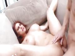 Latina mama