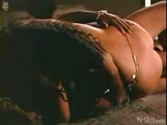 Indira varma in kamasutra