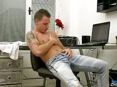 Euro boyfriend john parker queer solo