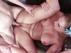 Young neighbor son seduce milf to fuck when parents away