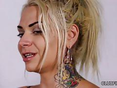 Phoenix askani and rilynn rae - slink and giggle