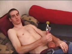 Skinny newbie james delivers hard cock