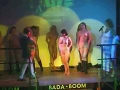 amateur, big boobs, public nudity
