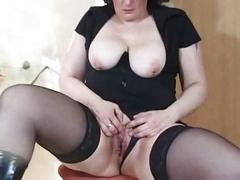Extreme mom insertion and squirt