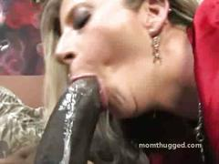 White milf prefers huge black cock inside
