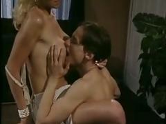 Hot blonde secretaryfucking in office vintage video