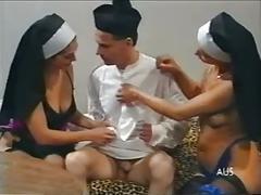 fingering, group sex, hairy, lesbians, vintage