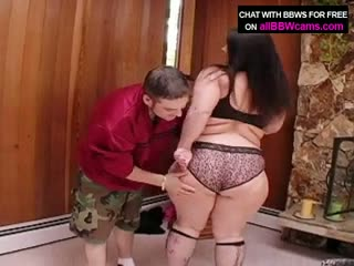 Giant sucking woman plumper ass super size 1