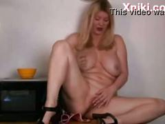 Mature with big boobs masturbation in kitchen - xniki.com