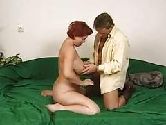 Mature women gets fucked !!!