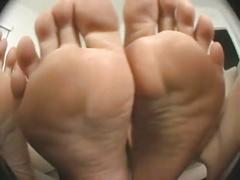 Girls girls feet..tease pov