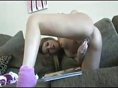 Peachez 1st time anal beads