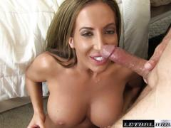 Richelle seduces her trainer and licks his butthole