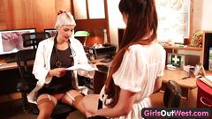 Girls out west - hot lesbian gynecologist gets fisted