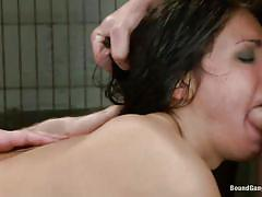 Chained girl double penetrated