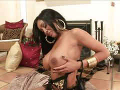 Intimate touch of hot priya rai