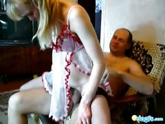 Soviet kinky couple suck 'n fuck in the living