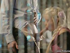Exquisite blonde fellucia blow gives great head