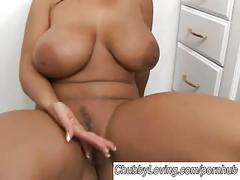 Very sexy big tits brunette