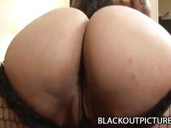 Big-assed ebony babe works cock