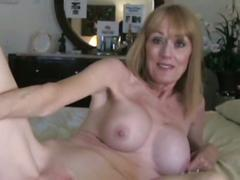 Milf takes a creampie from young guy