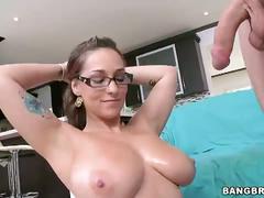 34dd amateur gets titty fucked