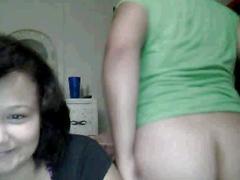 Webcam teen girls getting naked 2