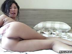 Super sweet and hot asian shows off her tight body