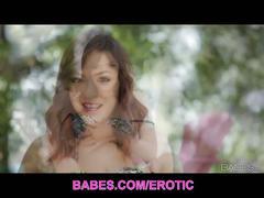 Brunette babe cassie laine pool masturbation