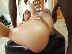 Hot liza del sierra vs. wesley pipes