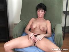 video, tits, milf, brunette, short, amateur, masturbation, solo, cumming, softcore, orgasm, hair, clit, great, pierced, orgasmo, yanks, featured, orgame