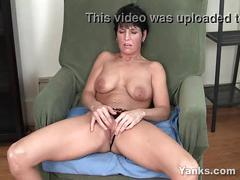 video, tits, milf, brunette, short, amateur, masturbation, solo, cumming, softcore, orgasm, hair, clit, great, pierced, orgasmo, yanks, featured, orgame