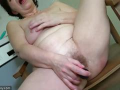 Oldnanny old lesbian mature masturbate her pussy with sextoy