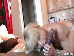 Milfsonly.blogspot.com-sexy mommy trying black cock for the first time