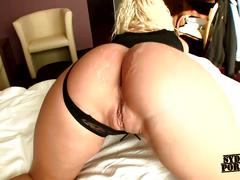 Sexy ass gf private fuck in the hotel !!