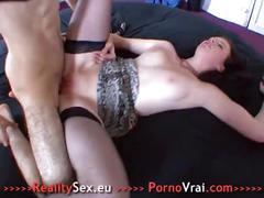 Elle a de gros besoin de sexe et se fait enculer ! french amateur