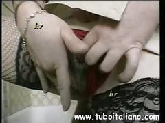 Italian sexy milf masturbation mamma italiana